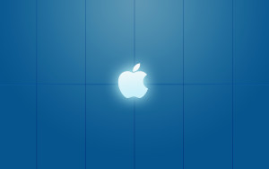 moonlit-apple-store