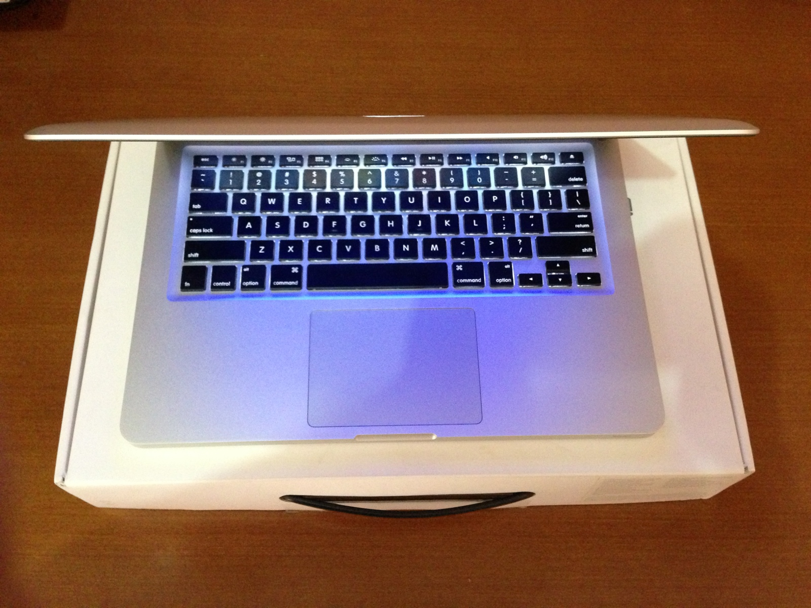 Jual Macbook Pro Second 15 Inch Retina Display Ssd 512 Mc976 Apple Md101 Silver Notebook Md103 Out Of Stock